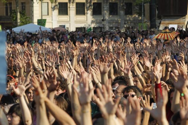 Los indignados convocan una gran manifestación en Barcelona para el 15 de junio
