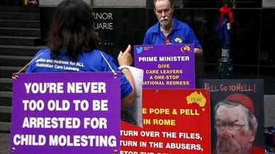 Australia prohibirá a los pederastas salir del país por turismo