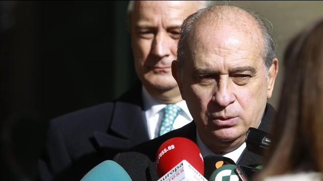 """De Alfonso: """"Jo, ministre, sóc partidari d'assestar el cop quan hagi d'acabar amb l'animal"""""""
