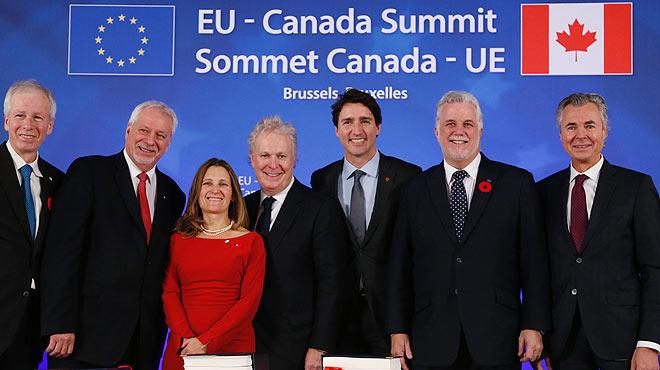 La UE i Canadà firmen lacord de lliure comerç bilateral a Brussel·les
