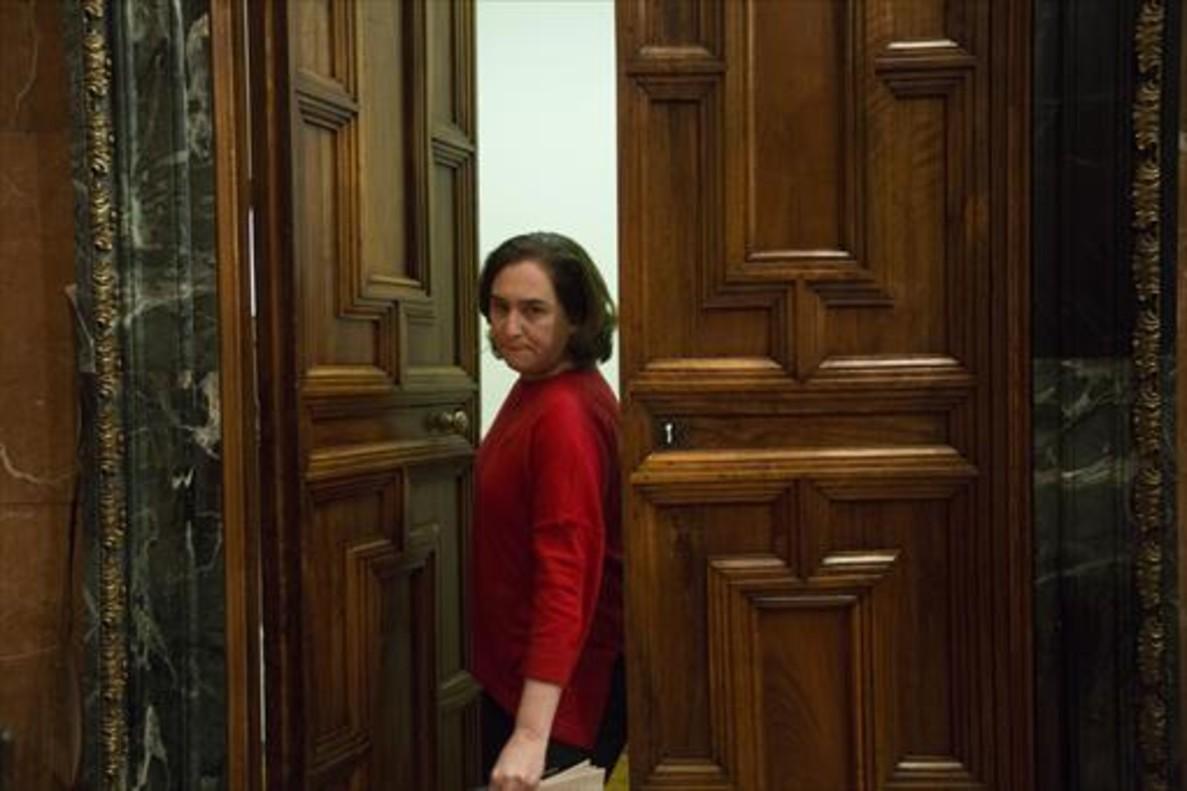 Ada Colau, en el pleno municipal del pasado viernes.