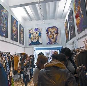 La crisis impulsa la venta especializada de ropa, joyas, libros y electrodomésticos de segunda mano