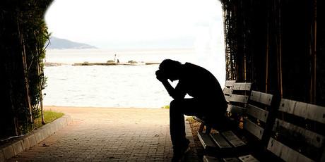 La depresi�n grave est� detr�s deseis de cada diez suicidios.