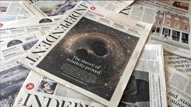 Ejemplares del diario 'The Independent' en una tienda de Londres.