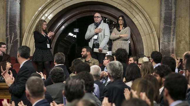 """El Parlament alerta contra """"la tolerància i l'encobriment"""" dels abusos de menors"""