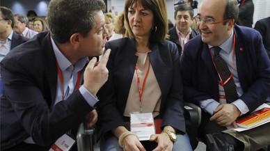 Los avales, nuevo campo de batalla entre Susana Díaz y Pedro Sánchez