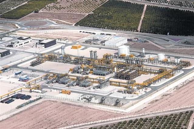 Un juez anula la licencia de obras de la planta terrestre for Permiso de obras barcelona