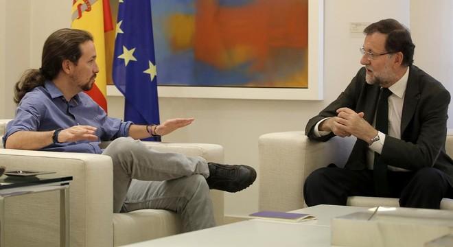 Rajoy aclareix a l'oposició que no s'ha compromès amb Hollande a aportar tropes
