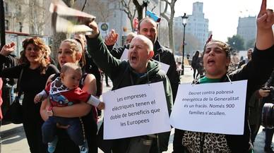 Protesta de la Alianza contra la Pobreza Energ�tica en Barcelona, en el 2015.