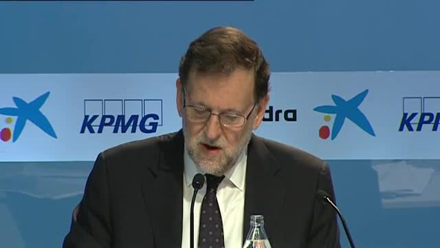 Rajoy considera que els ajuntaments del canvi perjudiquen l'economia