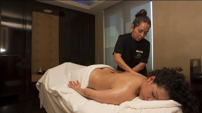 El Spa del Hotel Arts presenta un ritual de belleza bajo el nombre de 'Summer Care' .