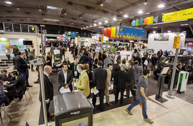 Visitantes en la anterior edición de Smart City Expo.