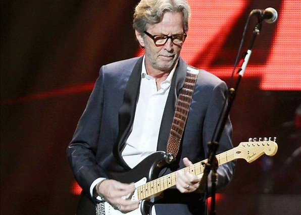 Eric Clapton, en diciembre del 2012, durante un concierto benéfico en favor de los damnificados por el huracán Sandy.