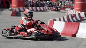 El pilot finlandès de Fórmula 1 de Ferrari Kimi Raikkonen en una cursa de kàrting a Hèlsinki aquest dimarts.