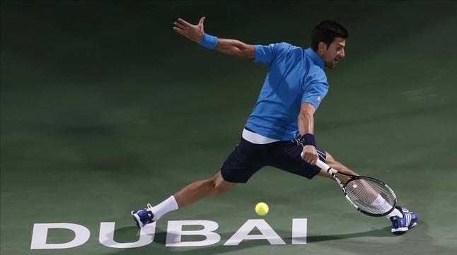 Djokovic en octavos de final de la ATP de Dubai