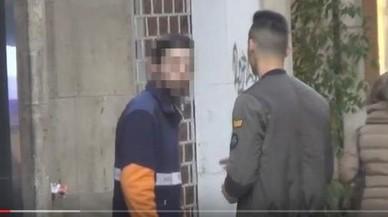 El repartidor que respondre amb una bufetada a la broma del 'caranchoa' al·lega que va témer ser atracat