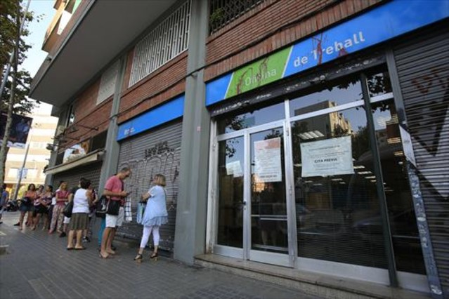 Buscar empleo a ciegas el 71 de ofertas no aclaran el for Oficina de empleo barcelona