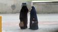 El Parlament d'Holanda aprova la prohibició del vel integral en alguns espais públics