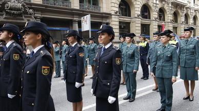 Dones policia de tot el món ocupen Barcelona sota el lema 'igualtat i seguretat'