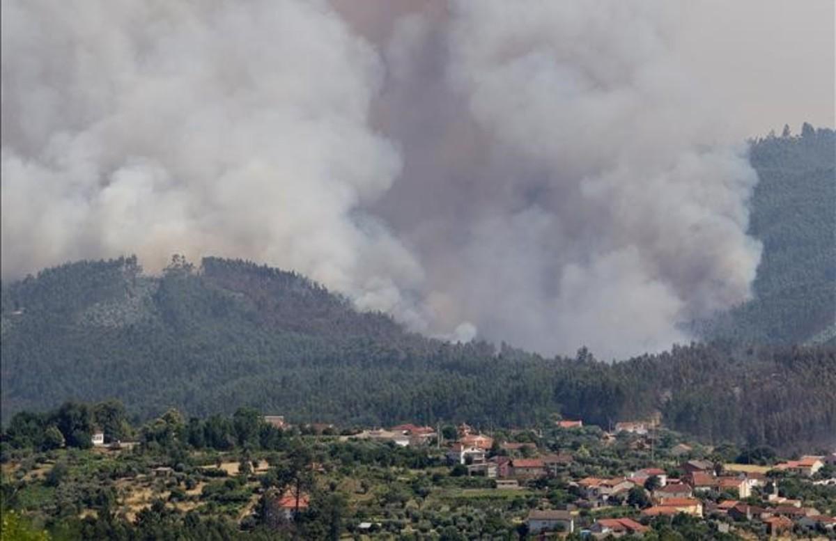 El incendio cerca de la población de Pedrogao
