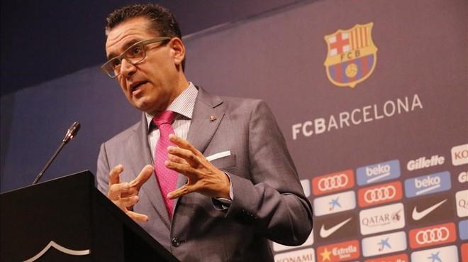 Josep Vives, portavoz del FC Barcelona, este lunes tras la reuni�n de la junta directiva.