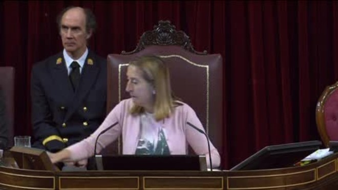 El PSOE tomba el suport del Congrés a Rajoy davant l'1-O