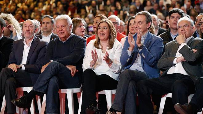 Díaz exhibeix força i suport orgànic per liderar el PSOE