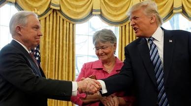 La Administración de Trump endurece la guerra contra las filtraciones
