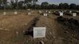 As� es el cementerio de refugiados en Lesbos