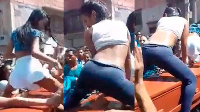 Dos chicas brasileñas hacen 3