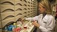 Les farmàcies catalanes adverteixen que perillen les nòmines i les pagues de Nadal