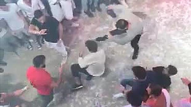 Un vídeo muestra la agresión mortal al joven italiano de Lloret