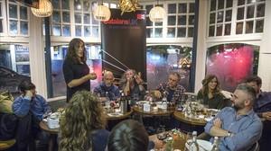 Encuentro de Casal Català en Londres con el músico Gerard Quintana, el pasado octubre.