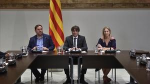 Una imagen de la reunión, con Junqueras, Puigdemont y Munté.