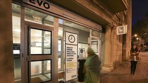 zentauroepp23977903 barcelona 21 10 2013 evo banco que abre hasta las 20 horas171031124243