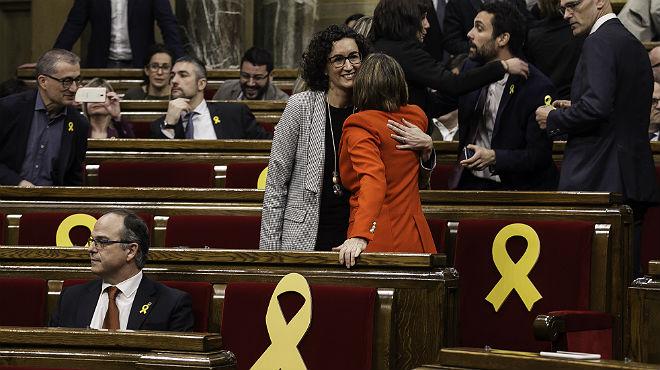 Puigdemont quería votar la constitución del Parlament y se echó atrás (ES)