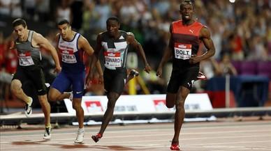 Bolt gana los 200 metros por delante de Edward, Gemili y, al fondo, el espa�ol Bruno Hortelano, cuarto.