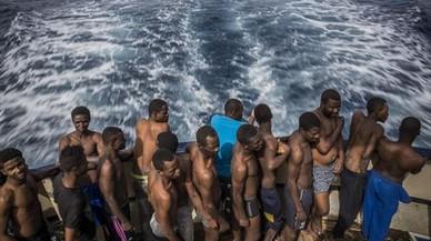 Indignación de las oenegés por un vídeo crítico con su labor de rescate de inmigrantes en el Mediterráneo