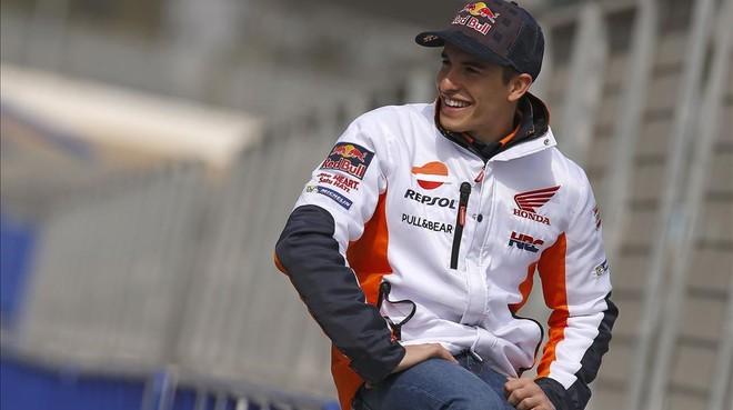 Marc Márquez posa para su equipo, Repsol-Honda.