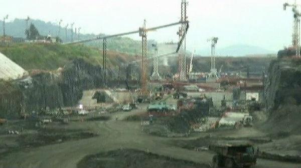 Sacyr es desploma més d'un 12% després de suspendre les obres de l'ampliació del canal de Panamà