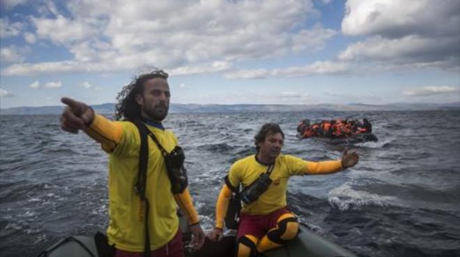 El socorrista de Badalona que salva vides a l'Egeu