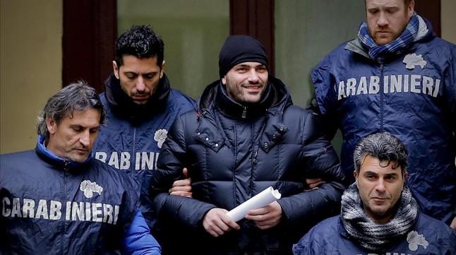 Italia baraja enviar el Ej�rcito a N�poles ante el auge de la violencia de las mafias