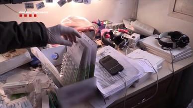 Detingut un farmacèutic a Reus per falsificar receptes i donar fàrmacs caducats