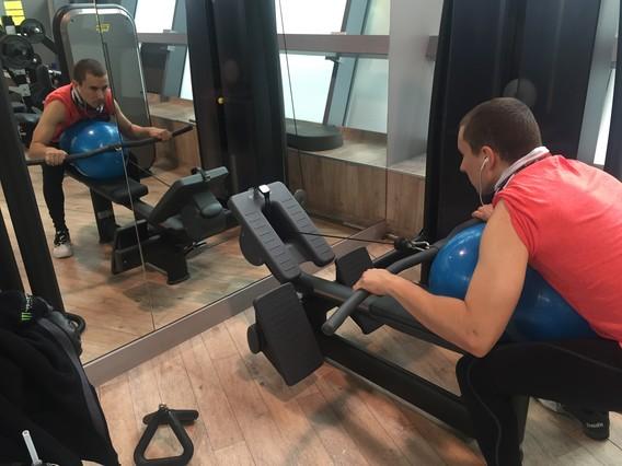 Lorenzo ultima su preparación física en el hotel Sama Sama KLIA de Kuala Lumpu
