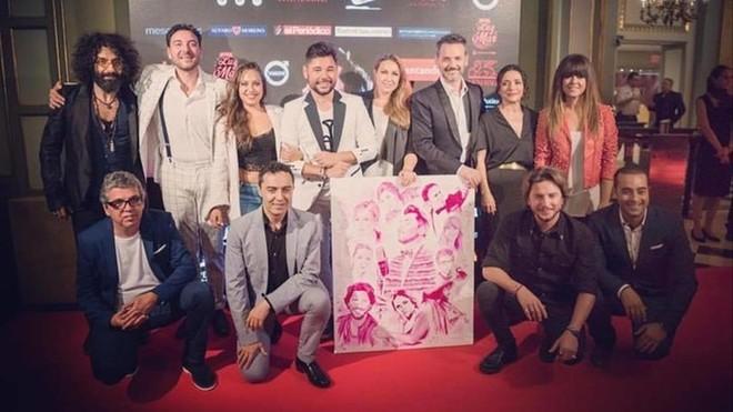 Miguel Poveda apadrina una subasta solidaria contra el cáncer