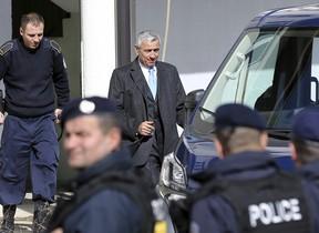 El político serbio, Oliver Ivanovic, abandonando la prisión de Mitrovica, en el norte de Kosovo. En una foto de archivo.
