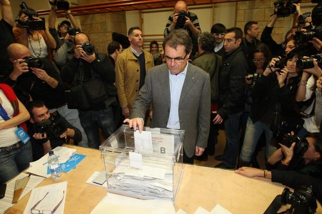Artur Mas vota en Barcelona