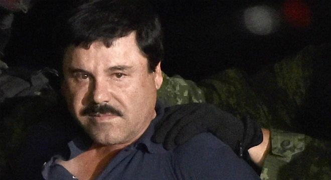 El barón de las drogas fue detenido en Sinaloa tras escapar por una cloaca.