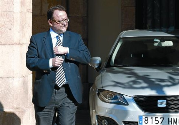 El TSJC imputa a Daniel Fernández por presunto tráfico de influencias