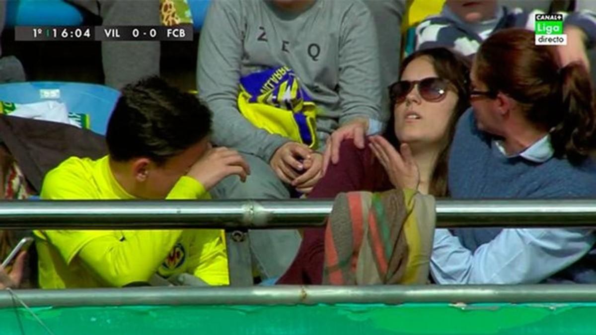 La joven fan de Cristiano a la que Messi rompi� la mu�eca